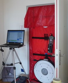air tightness blower door test. Black Bedroom Furniture Sets. Home Design Ideas